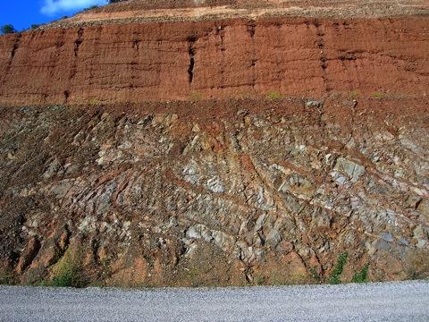 system of impact breccia dikes Paleozoic siltstones Lechago storage reservoir Rubielos de la Cérida impact