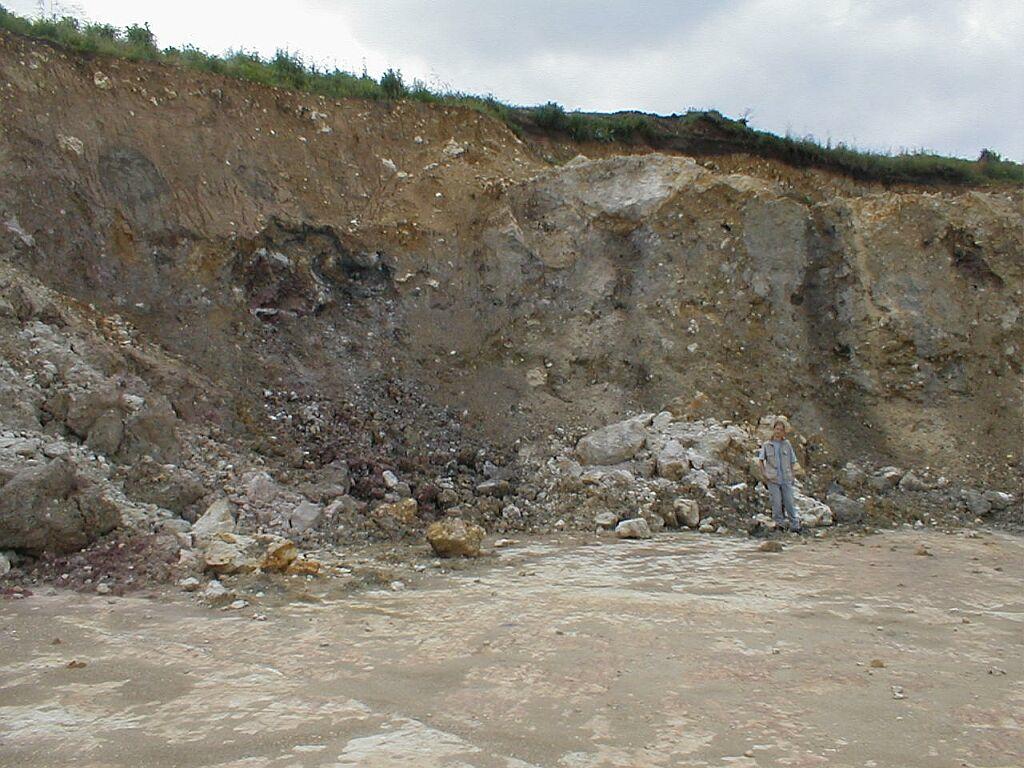 Ries crater ejecta Bunte breccia Gundelsheim