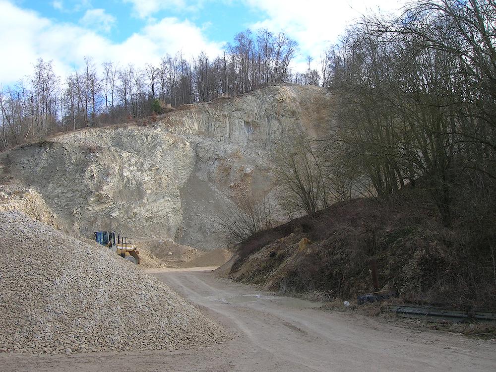Oppertshofen megablock Ries impact crater