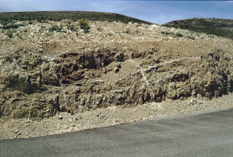 H-type impact breccia dikes, near Rudilla, Azuara impact structure