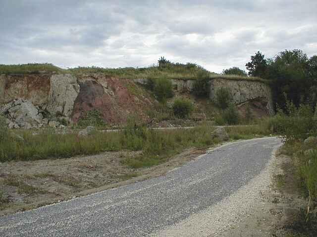 Ries crater, suevite over Bunte breccia ejecta, Aumühle quarry