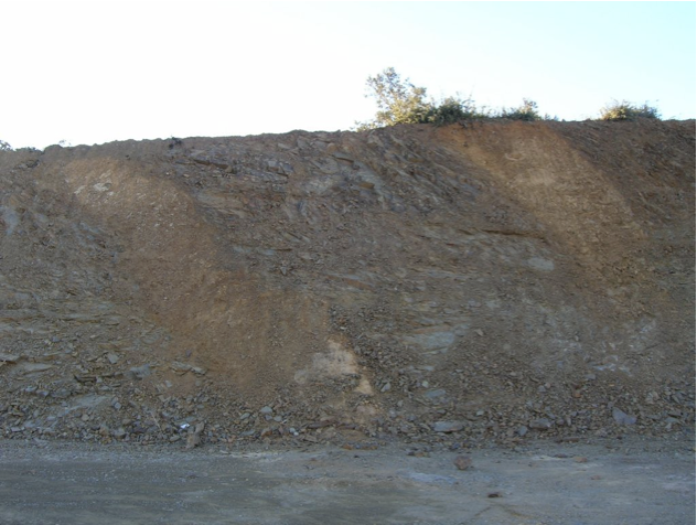 autovía Mudéjar geological outcrop, impact breccia dikes 15, Azuara impact structure