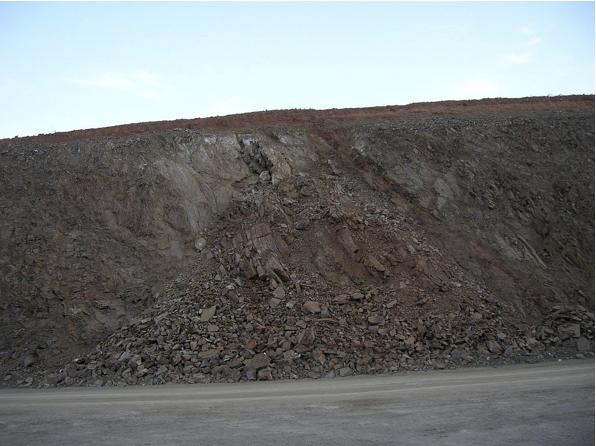 autovía Mudéjar geological outcrop, landslide 2, Azuara impact structure