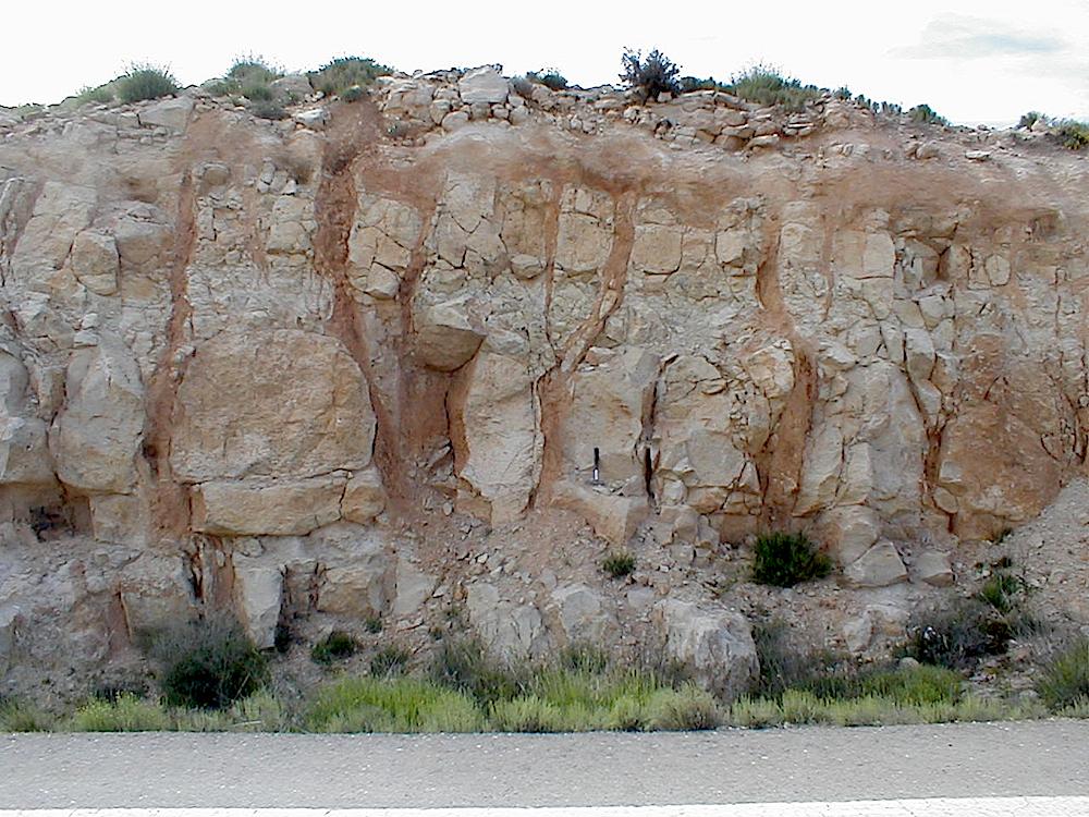 prominent impact breccia dike system, Corbalán, Rubielos de la Cérida impact