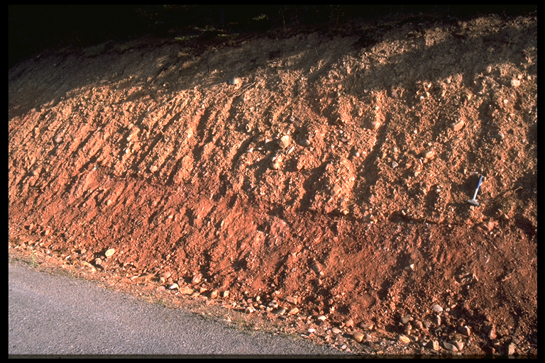 exposure of the Pelarda Fm. ejecta, intercalated Buntsandstein megaclast,Azuara impact structure