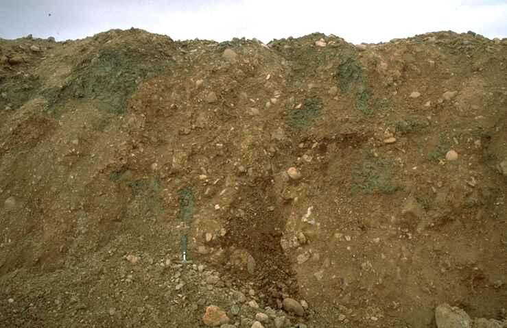 temporary outcrop of the Bunte breccia megabreccia, near Barrachina, Rubielos de la Cérida impact basin