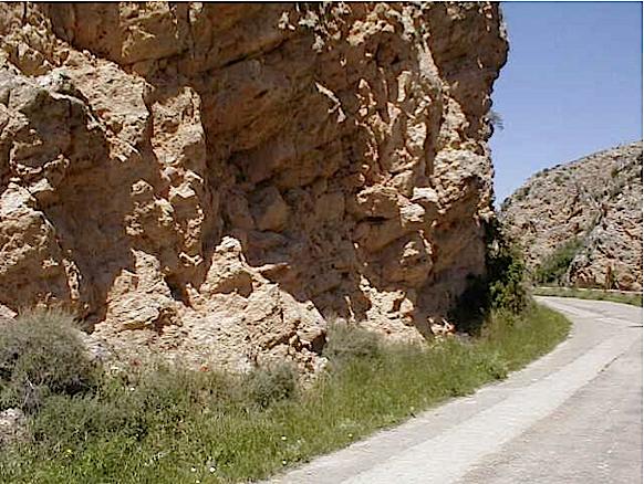 azuara impact, cortes de Tajuña formation, Moneva 2