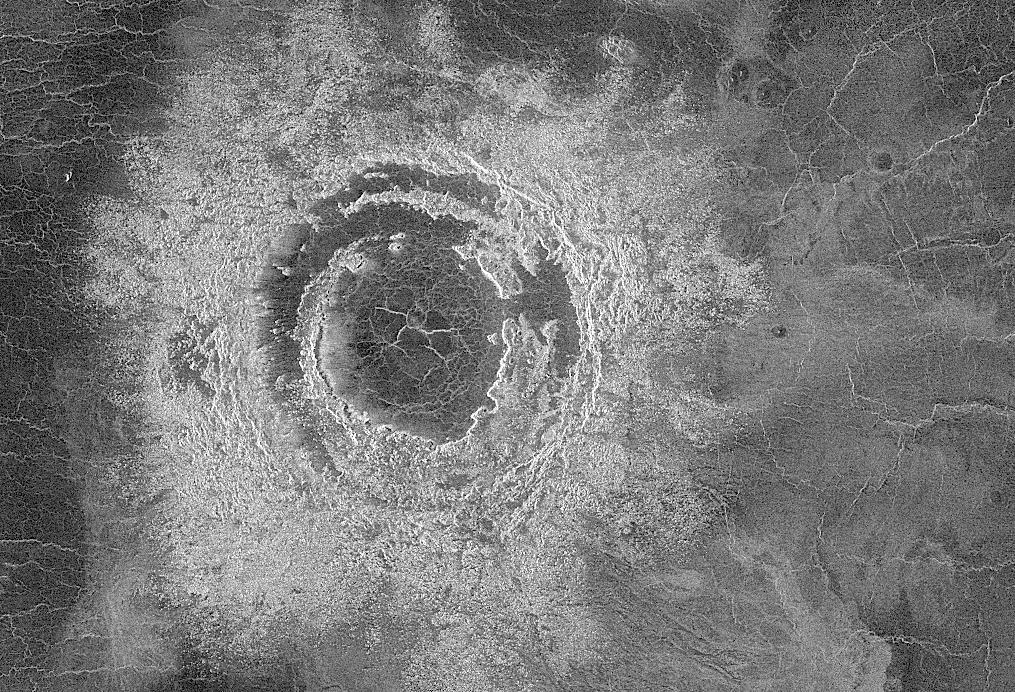 multi-ring impact basin Mona Lisa on Venus