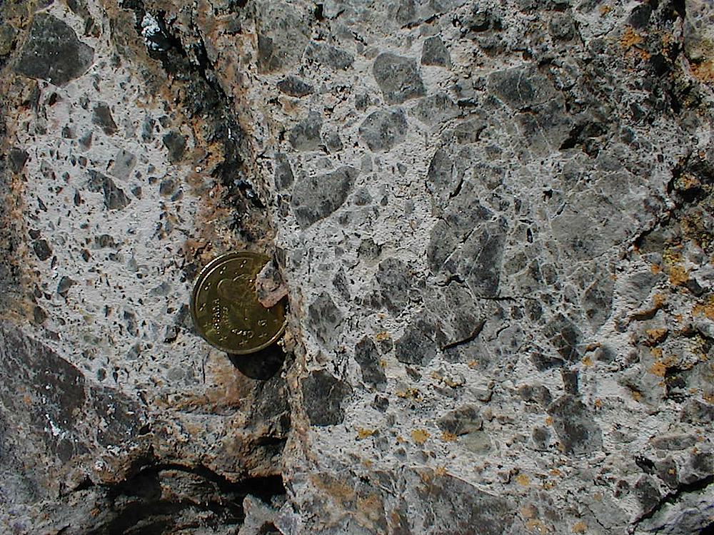 mortar texture of monomictic impact breccia; near Olalla, Rubielos de la Cérida impact basin