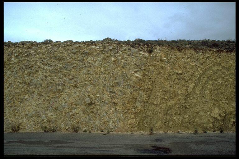 monomictic impact megabreccia, Dogger limestone; near Bueña; Rubielos de la Cérida impact basin