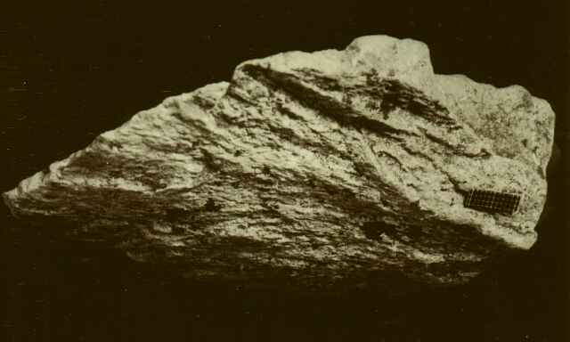 shatter cone, limestone, Azuara impact structure Spain