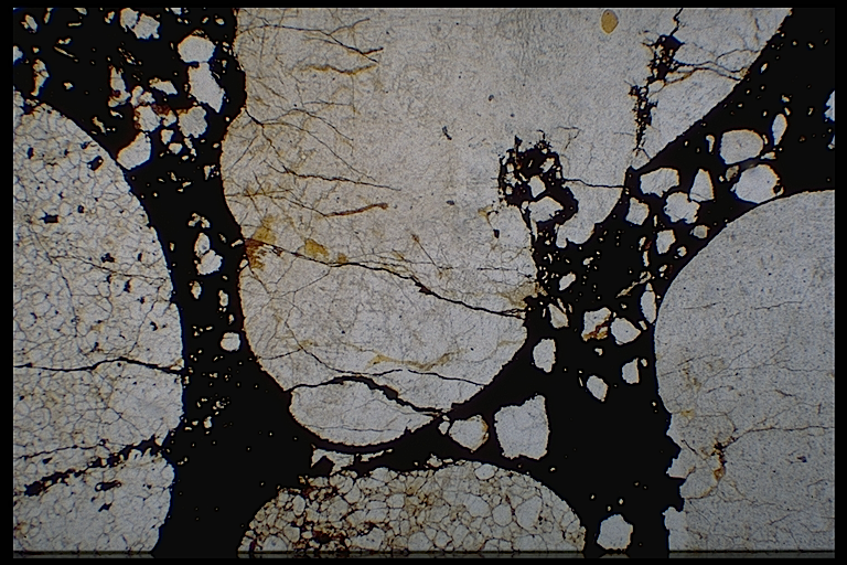 shock spallation under the microscope, quartzite conglomerate, Azuara Rubielos de la Cérida impact structures