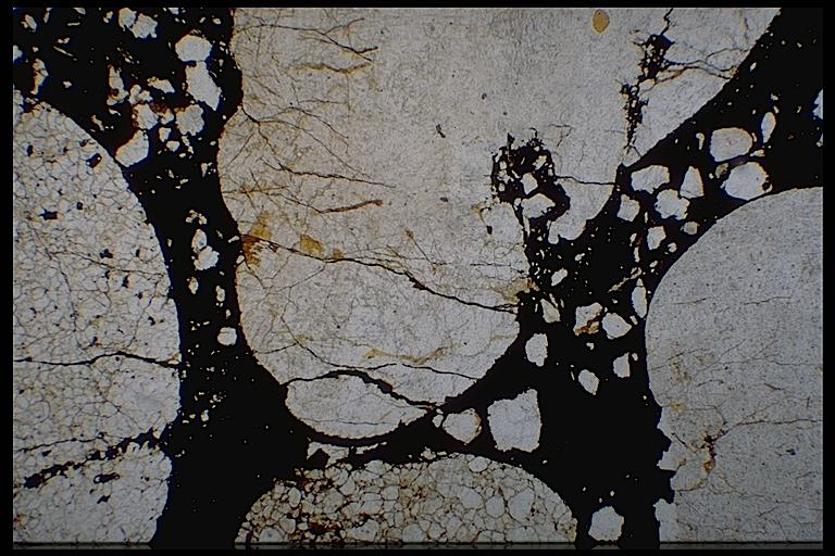 shock spallation under the microscope, quartzite conglomerate, Azuara Rubielos de la Cérida impact structures