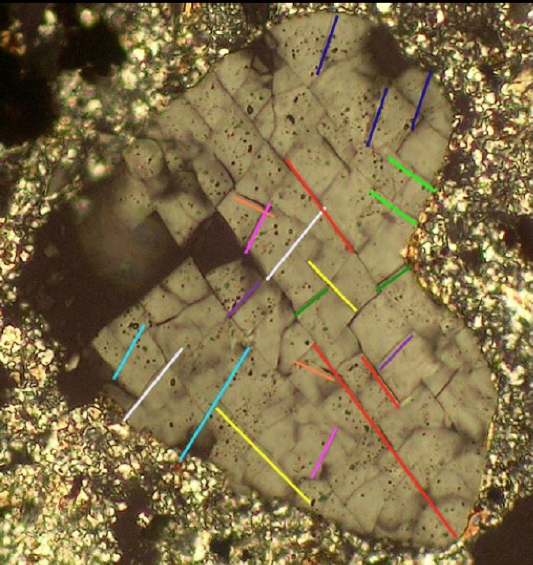 planar fractures multiple sets in quartz Nalbach Saarland impact
